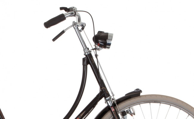 Gazelle_Tour_Populair_Step_Through_T3_Rod_Brake_Handlebar_Closeup